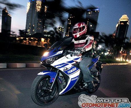 test-ride-Yamaha-R25-4